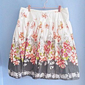 Lapis skirts | EUC floral skirt